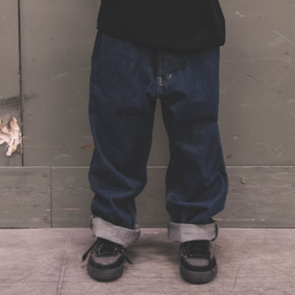 Pants Docent / loose fit <<  HIT >>